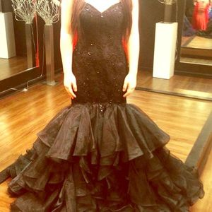 One of a kind universal bridal dress